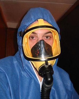 477px-Asbestos_mask