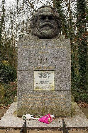 400px-Karl_Marx_Grave