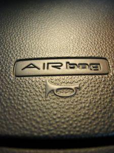Airbag-850338-m