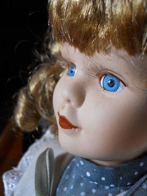 Doll-361150_960_720
