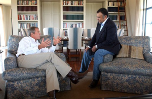 Prince_Bandar_bin_Sultan_with_G.W._Bush